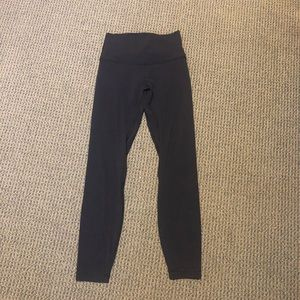 """Lululemon 25"""" black align pant"""